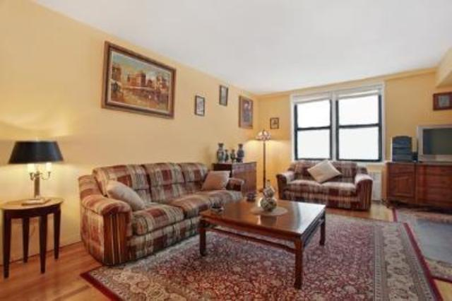 275 Webster Avenue, Unit 2C Image #1