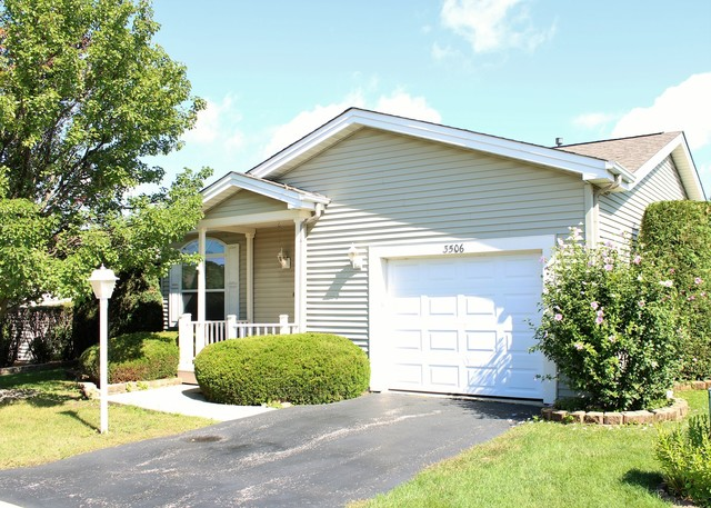 3506 Blue Heron Circle Grayslake, IL 60030