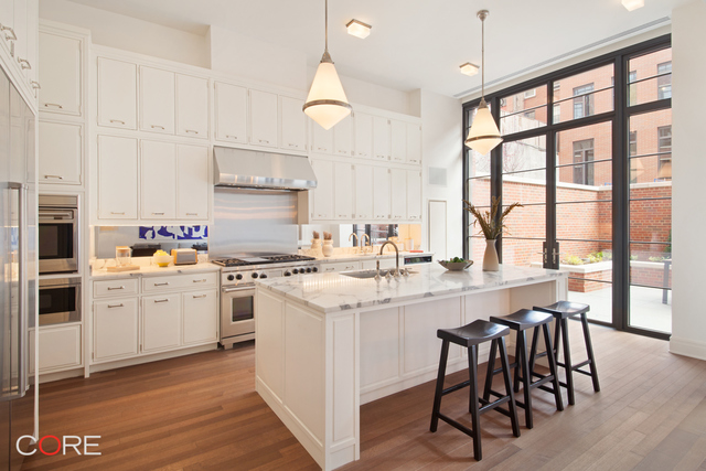 140 West 12th Street, Unit M3 Image #1