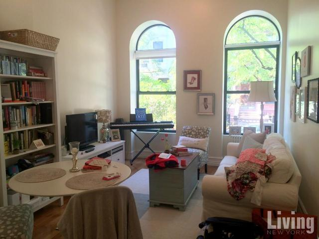 139 West 80th Street, Unit 1A Image #1