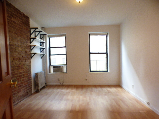 426 West 45th Street, Unit 3RE Manhattan, NY 10036