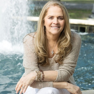 Esther Prat, Agent in Miami - Compass