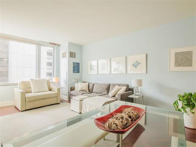 1 Charles Street South, Unit 609 Image #1
