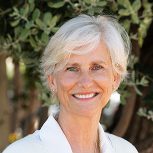 Pippa Davis,                       Agent in Santa Barbara, Montecito, & Central Coast - Compass