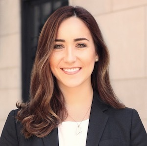 Lauren Jones,                     Agent in NYC - Compass