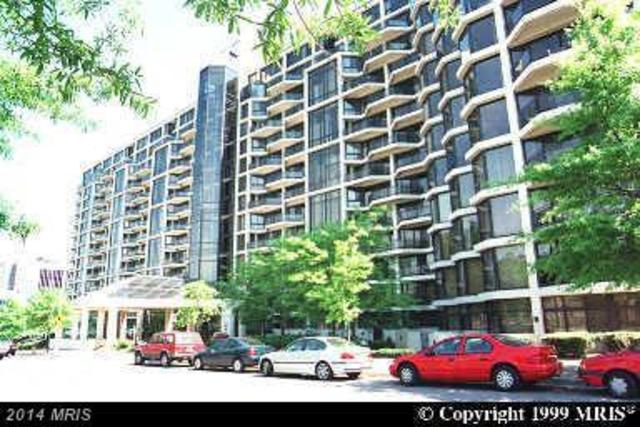 1530 Key Boulevard, Unit 1011 Image #1