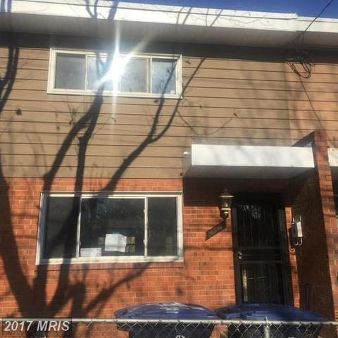 4516 Clay Street Northeast Image #1