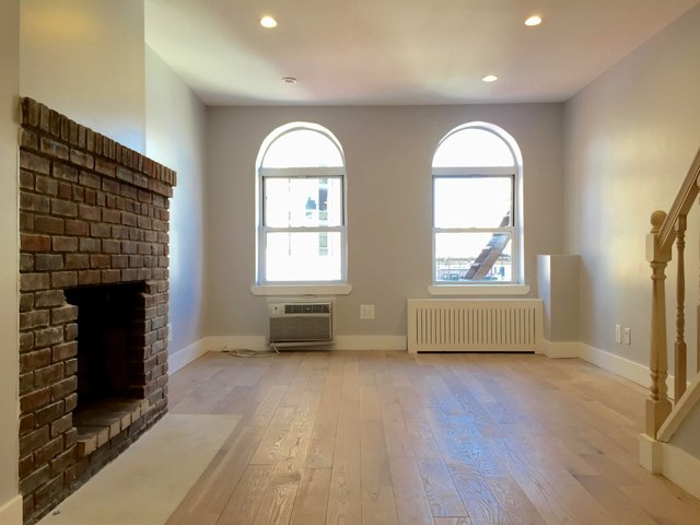 402 East 83rd Street, Unit 6B Image #1