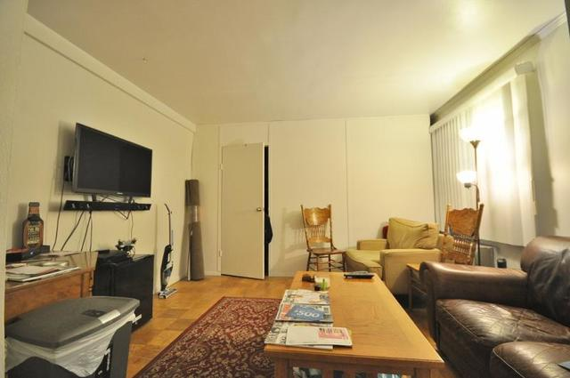 141 East 55th Street, Unit 3G Image #1