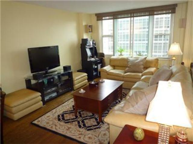 245 East 54th Street, Unit 22H Image #1