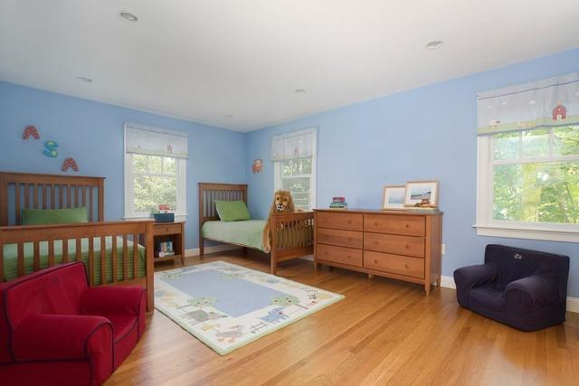 111 Crest Road Wellesley, MA 02482