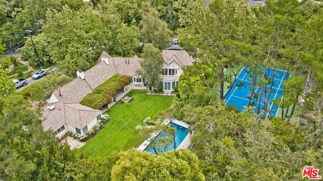 11900 Briarvale Lane Studio City, CA 91604