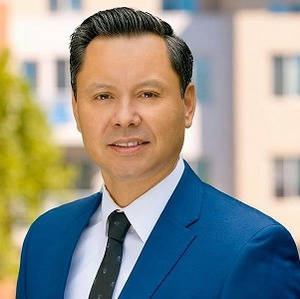 Louis Fong, Agent in San Francisco - Compass
