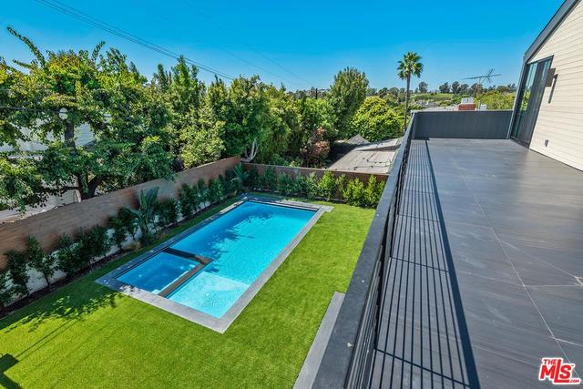 9528 Oakmore Road Los Angeles, CA 90035