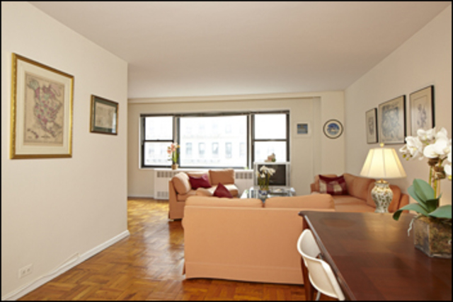 167 East 67th Street, Unit 5D Image #1