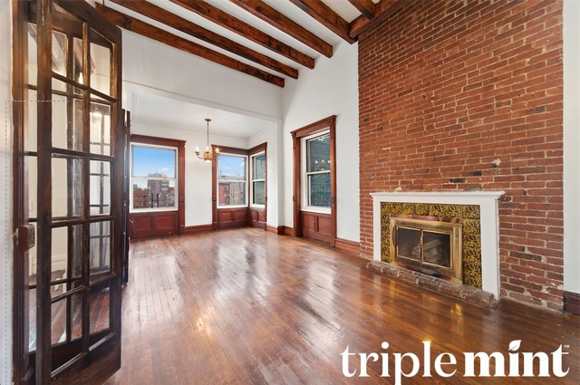 363 West 57th Street, Unit 4A Image #1