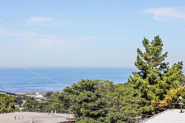 423-425 Norfolk Drive Pacifica, CA 94044
