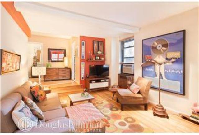 200 West 20th Street, Unit 215 Image #1
