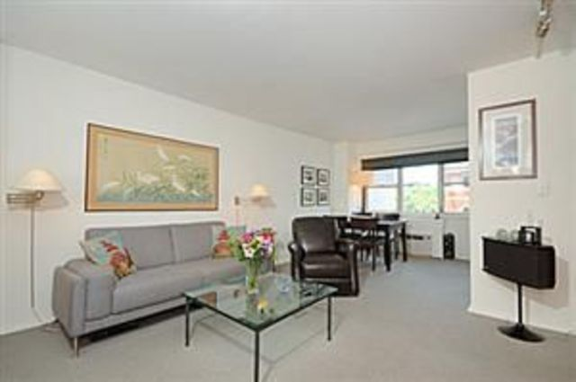 69 West 9th Street, Unit 5D Image #1