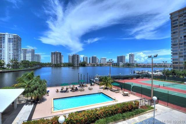 2780 Northeast 183rd Street, Unit 1705 Aventura, FL 33160