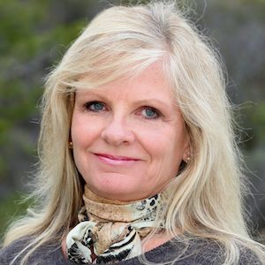 Patti Newton,                       Agent in San Diego - Compass
