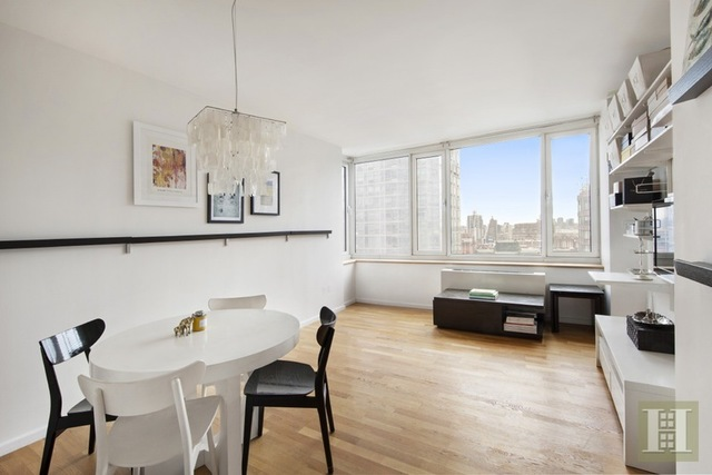 635 West 42nd Street, Unit 25G Image #1