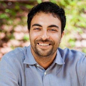Leran Hadar,                       Agent in Los Angeles - Compass