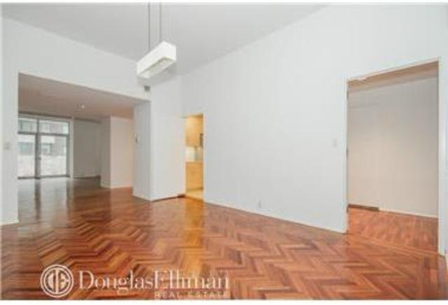 216 East 47th Street, Unit 2A Image #1