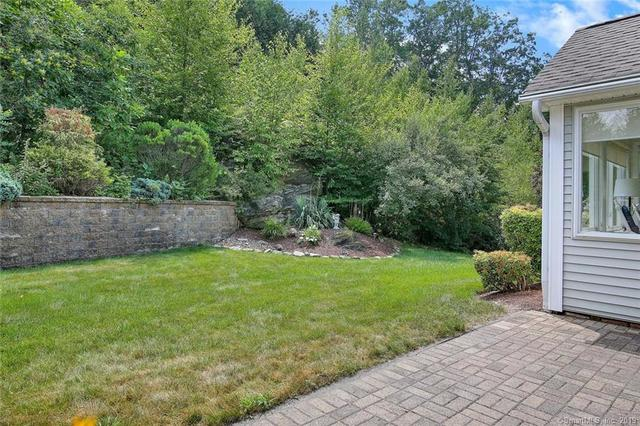 116 Meadow Brook Road Oxford, CT 06478