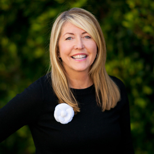 Rhonda Russell, Agent in Los Angeles - Compass