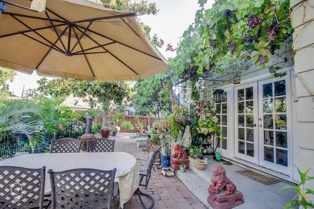 1811 Baker Street, Bakersfield, CA 93305 | Compass