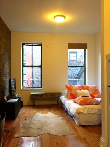 262 West 22nd Street, Unit 11 Image #1