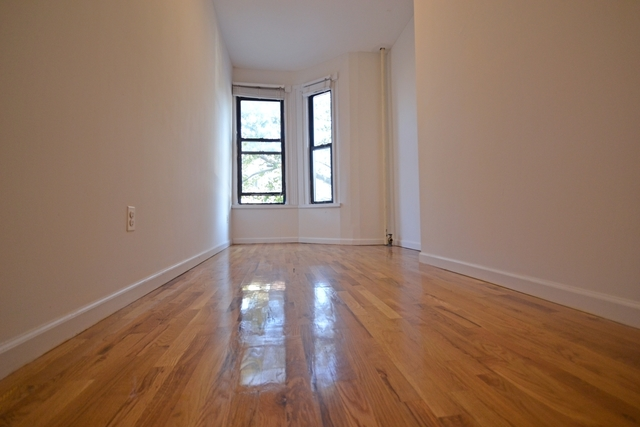 179 Norman Avenue, Unit 2 Image #1