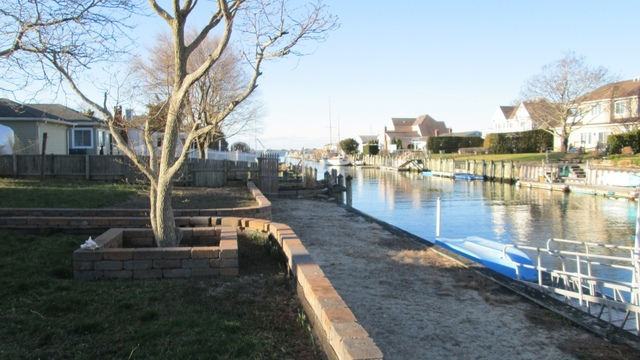 26 Dolphin Road East Quogue, NY 11942