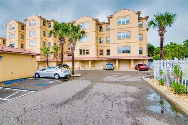 618 Wells Court, Unit 202 Clearwater, FL 33756