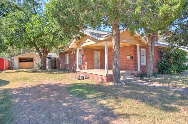 2215 14th Street Lubbock, TX 79401