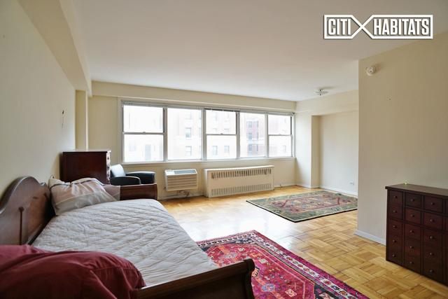 430 West 34th Street, Unit 15E Image #1