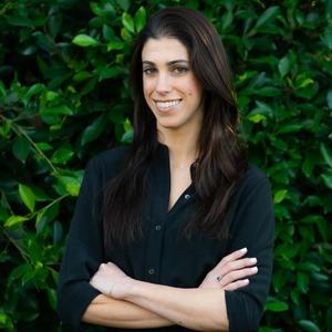 Katie Avetoom, Agent in Los Angeles & Orange County - Compass