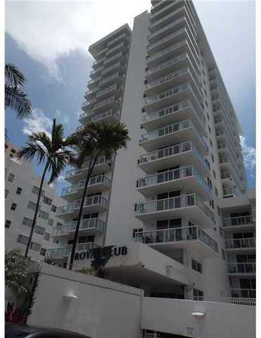 2457 Collins Avenue, Unit 207 Image #1