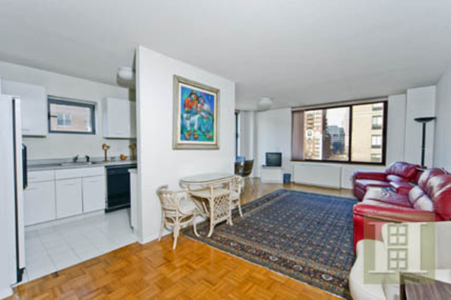 2 South End Avenue, Unit 7D Image #1