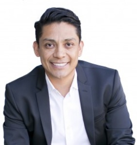 Daniel DeLeon,                       Agent in Los Angeles - Compass