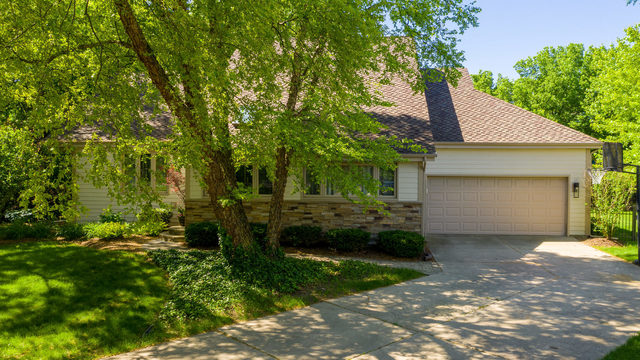 847 Mobile Court Naperville, IL 60540