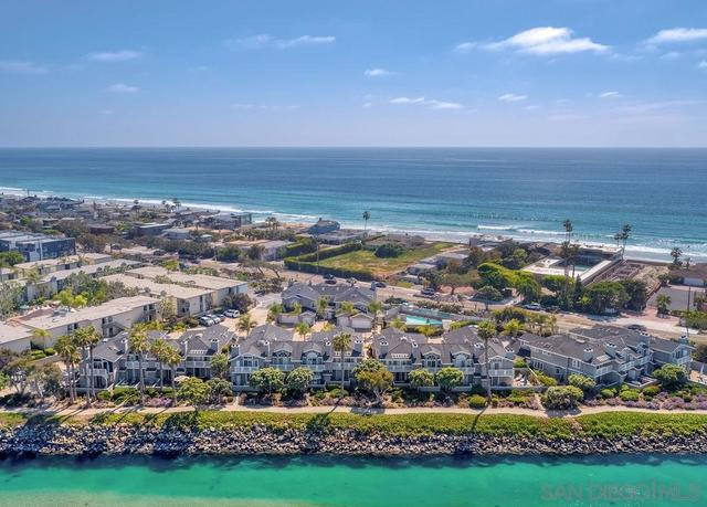 2929 Sandy Pointe, Unit 18 & 19 Del Mar, CA 92014
