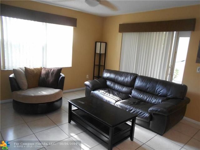 5474 Northwest 92nd Avenue, Unit 5474 Sunrise, FL 33351