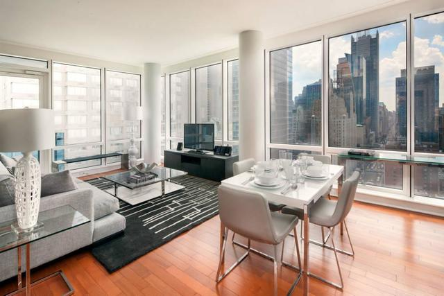 306 West 48th Street, Unit 17C Image #1