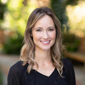 Shannon Arvig,                     Agent in San Francisco - Compass