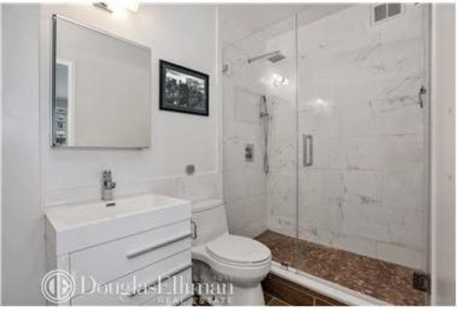 157 East 32nd Street, Unit 22B Image #1