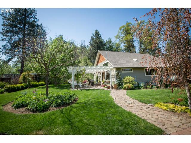 4465 Woodworth Drive Mount Hood Parkdale, OR 97041